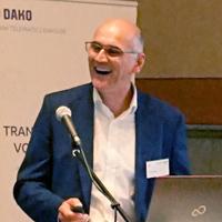 Dr. Harald Hempel